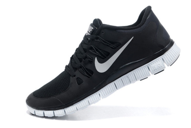 bfd516804789 Cheap Nike Shoes   Nike Sneakers Online at Best Prices ...