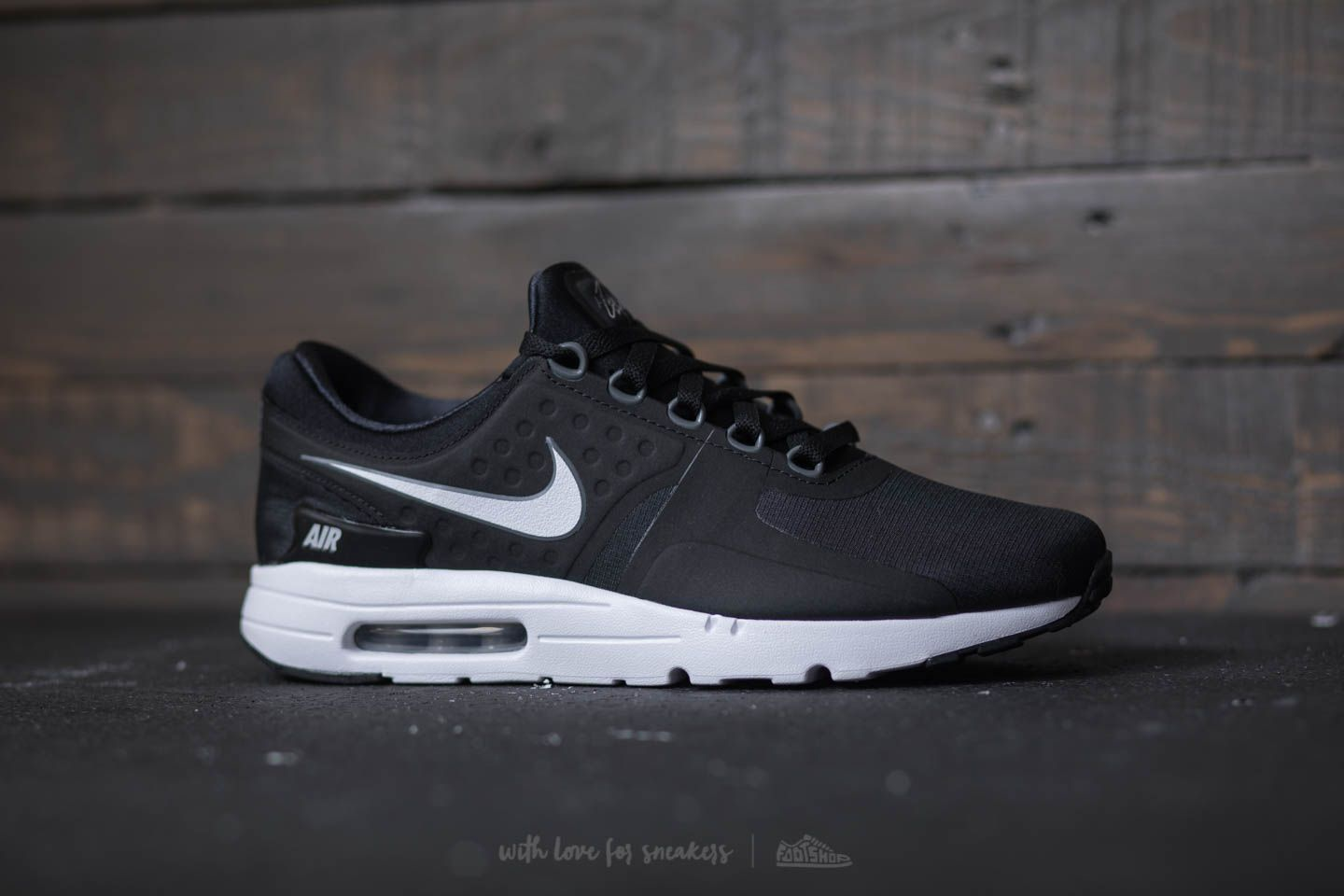 17cf0dd244 Nike Air Max Zero : Nike Sneakers Online at Best Prices ...