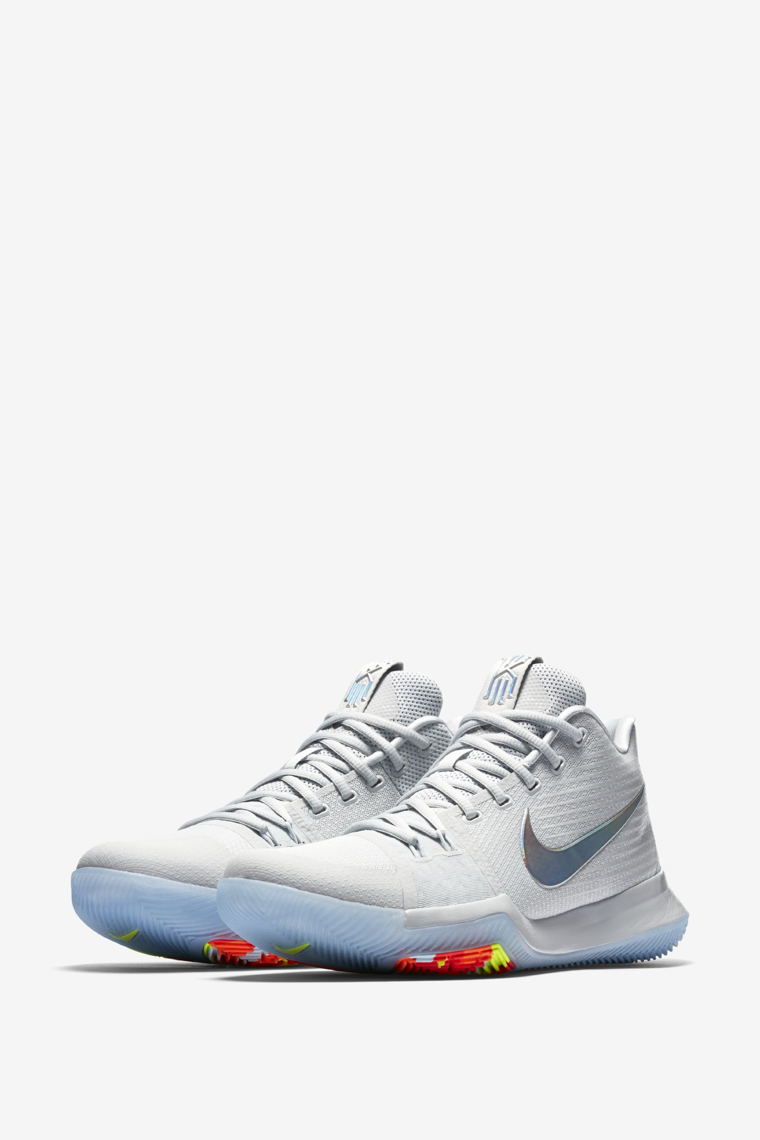 best service 608dc 7e186 Nike Kyrie 3 : Nike Sneakers Online at Best Prices ...