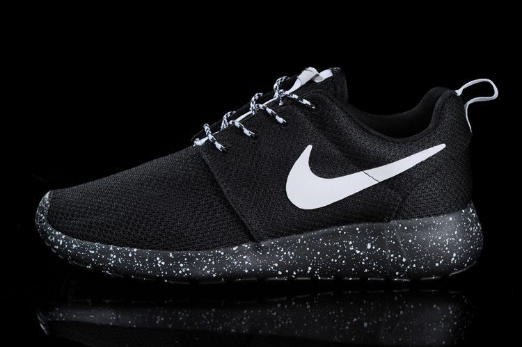 promo code 61040 9543a nike roshe black on black mens