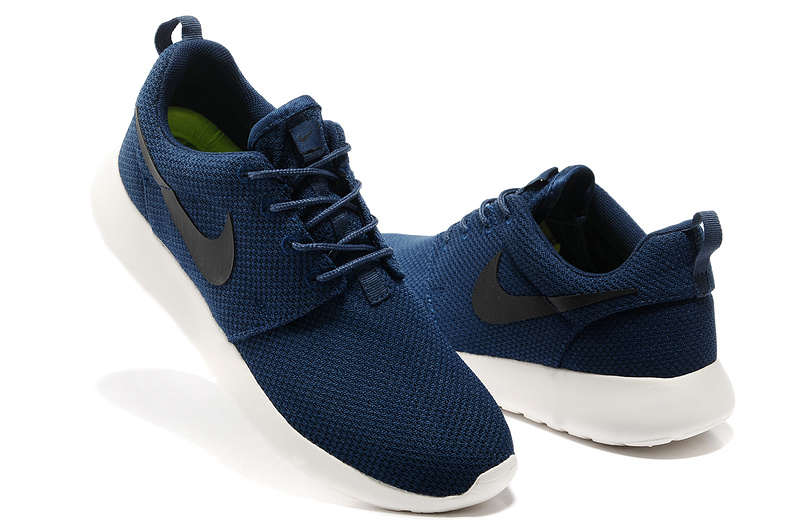 b492a58c7cde Nike Roshe Men   Nike Sneakers Online at Best Prices