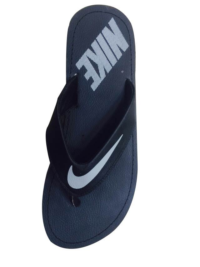 on sale 969d6 c3030 Nike Slippers : Nike Sneakers Online at Best Prices ...
