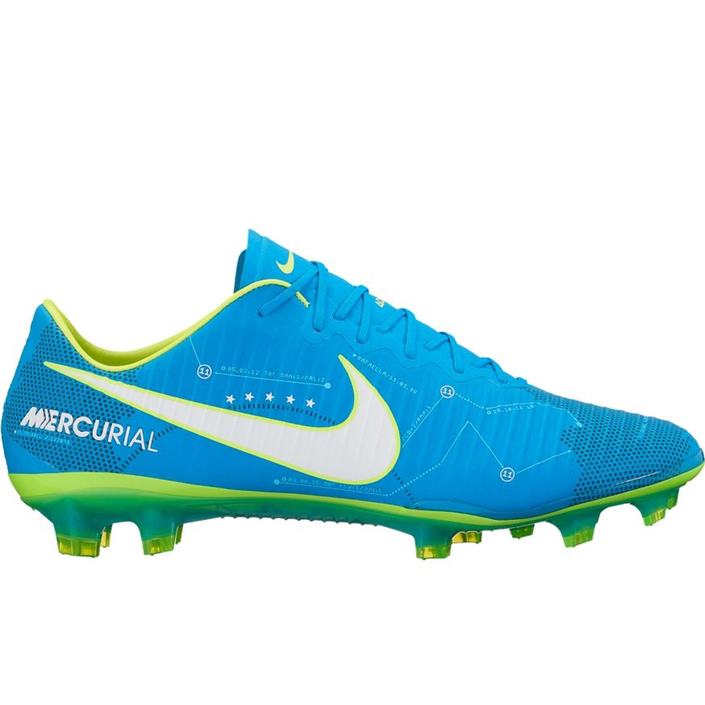 Nike Soccer Shoes   Nike Sneakers Online at Best Prices ... a0e4d902b191